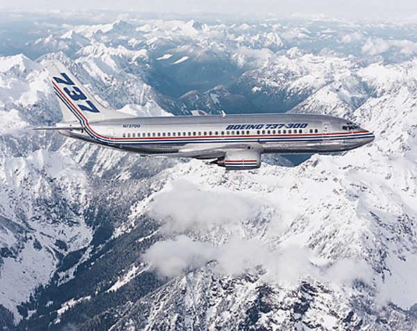 737 Classic em voo de testes.