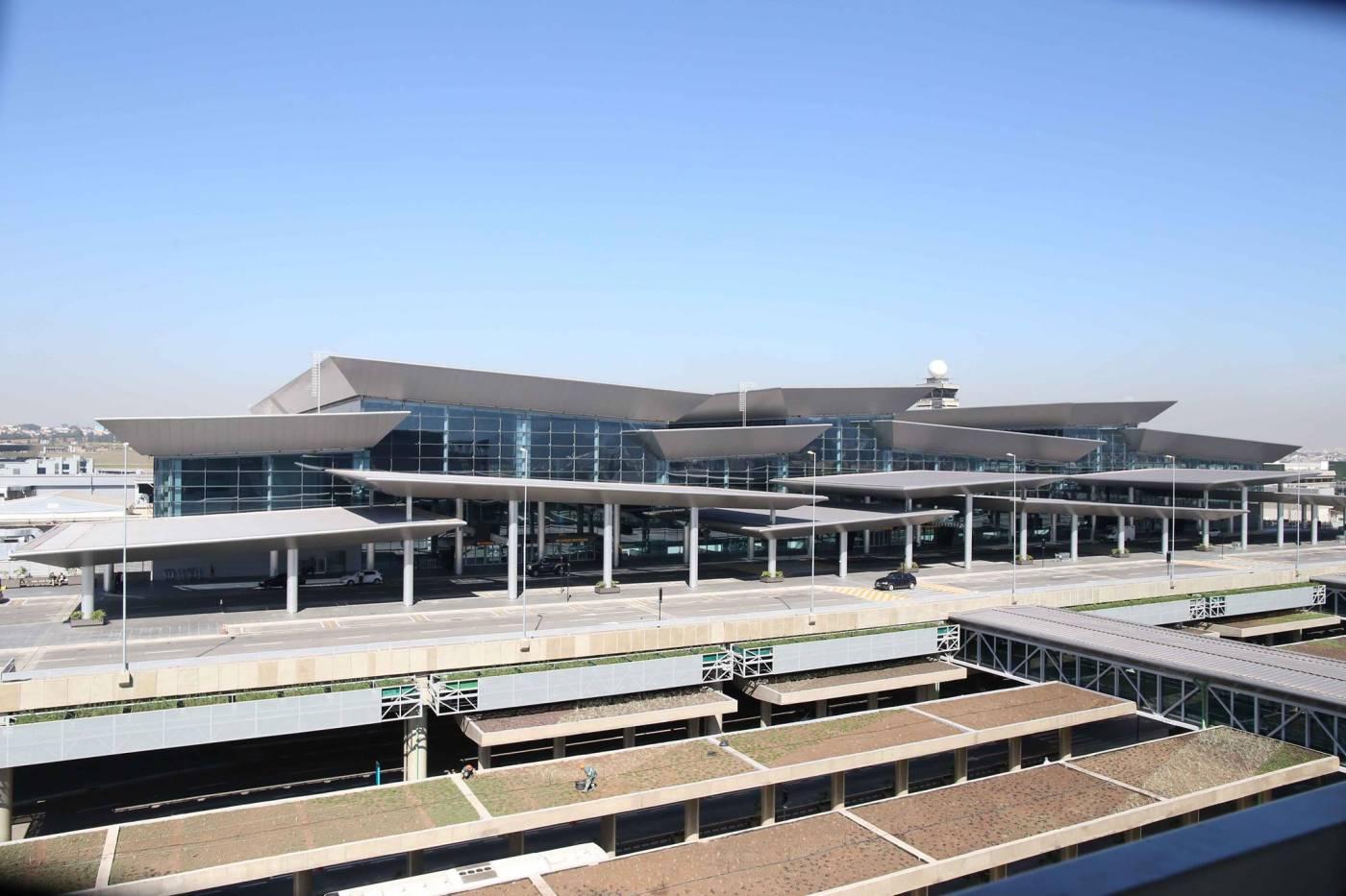 Média de satisfação dos passageiros com aeroportos se mantém estável