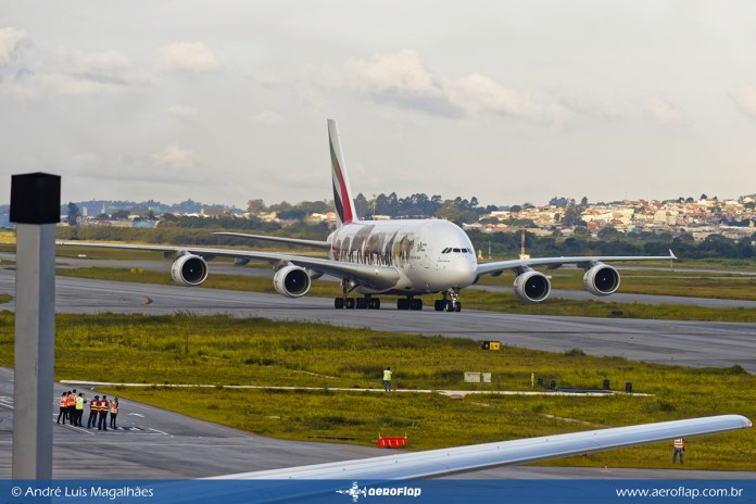 Airbus A380 - Emirates