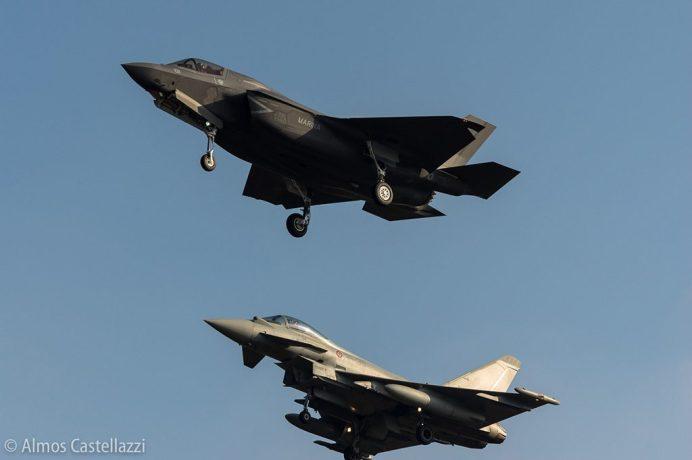 Demonstraçao com o F-35B e o Eurofighter