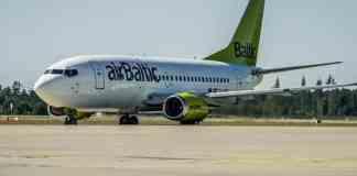 Boeing 737 Air Baltic