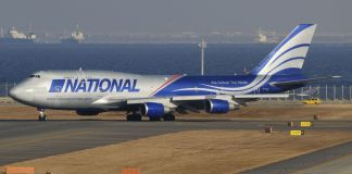Boeing 747 National