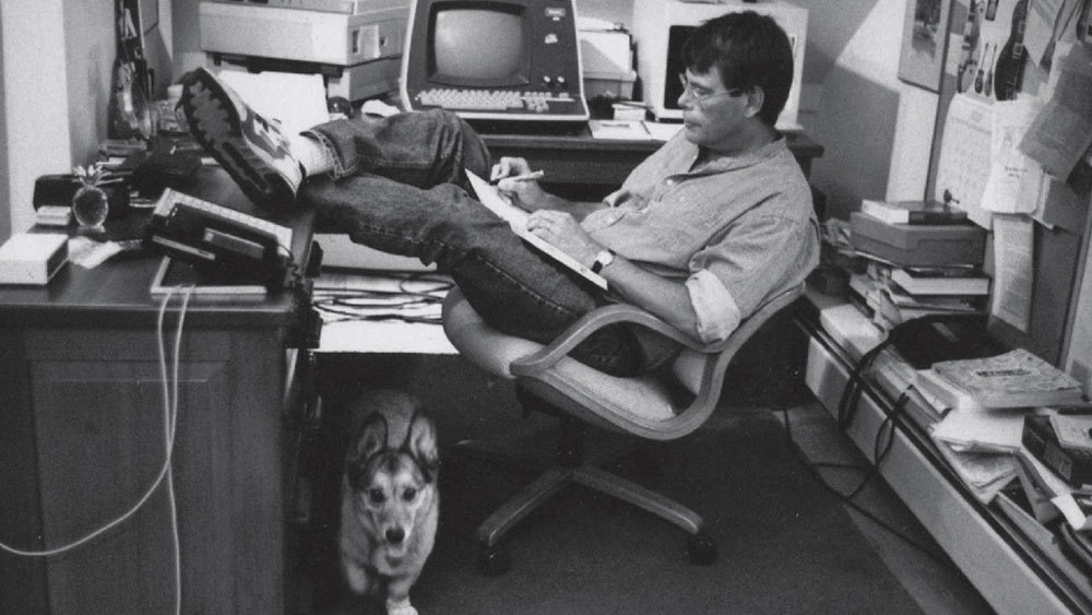 Stephen King's Reading List for Writers