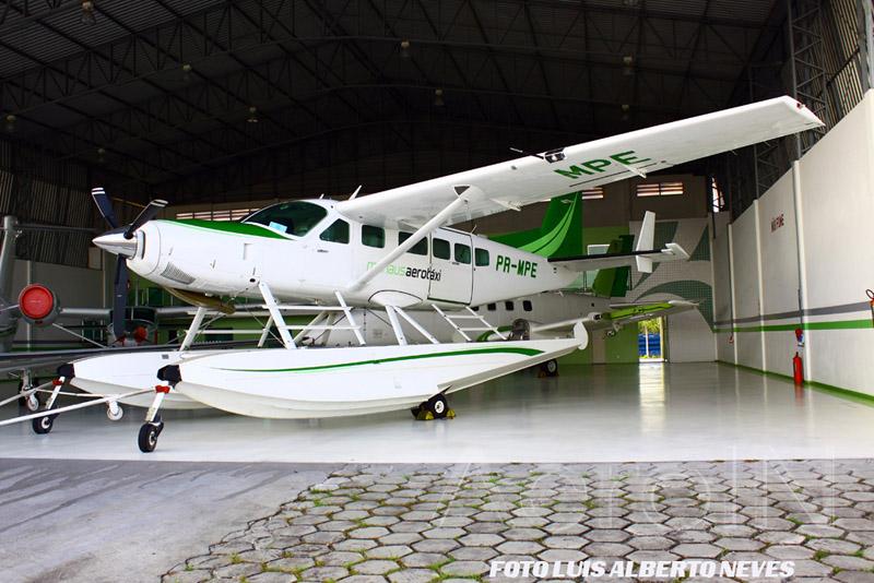 ... e o outro foi o Cessna Caravan anfíbio, acima retratado.