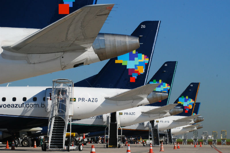 detalhes-das-caudas-das-aeronaves-embraer-1383760550135
