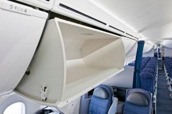 United-787-Dreamliner-Interior_2-medium