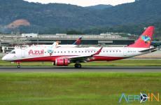Avião Embraer Azul Rosa