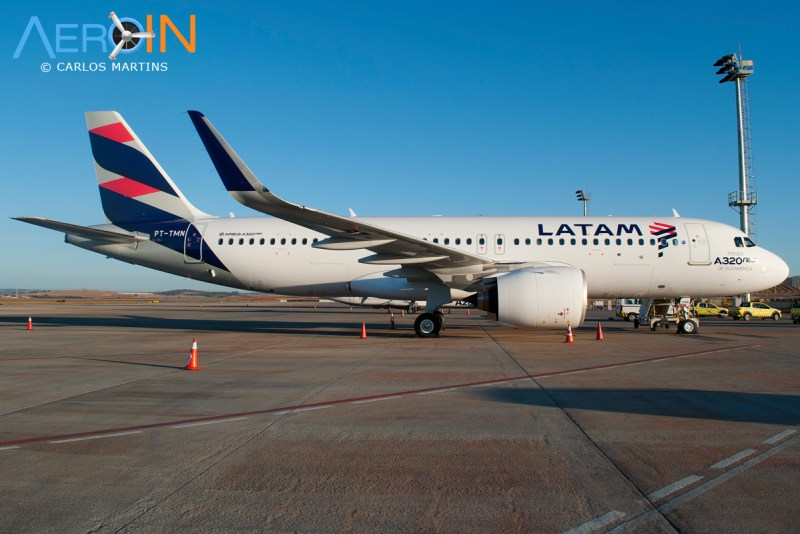 A320neo LATAM parked 02
