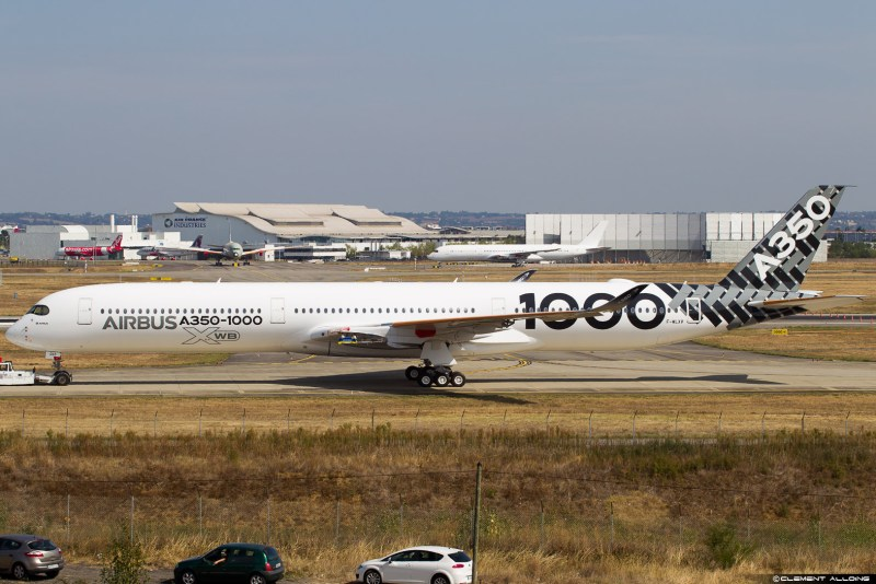 a350-1000-airbus-carbon