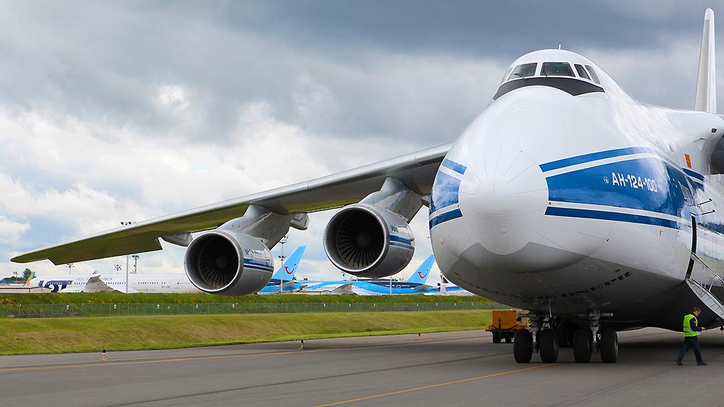 Após mudança de planos, Antonov An-124 chega domingo em Campinas.