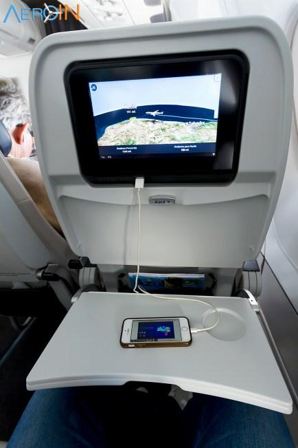 Entrada USB para carregar Tablet e Smartphone