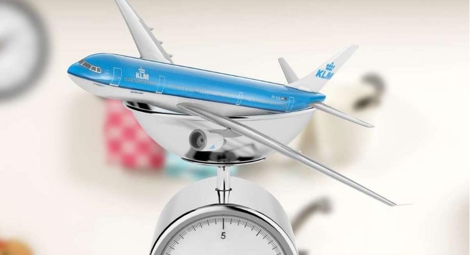 Como se pesa um enorme avião comercial?