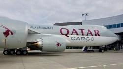 Avião Boeing 747-8F Qatar Cargo