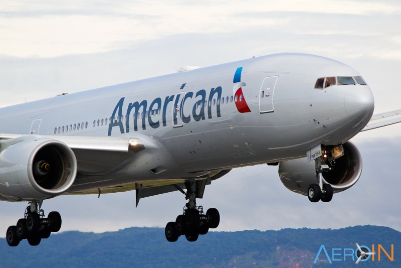 Avião Boeing 777 American Airlines