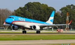 Avião Embraer 190 Austral