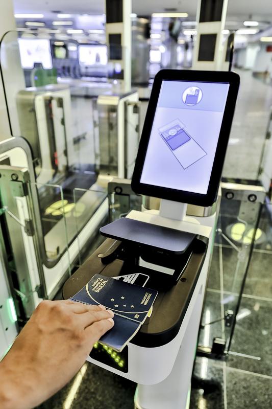 Brasília e-gate portão eletrônico passaporte