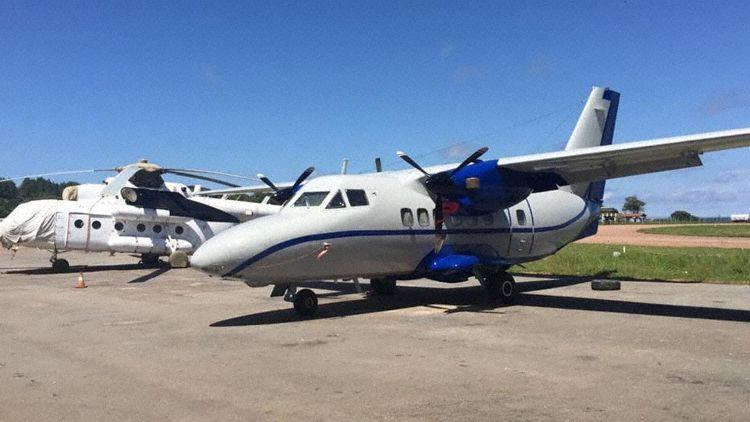 Avião LET L-410 Abeer Air