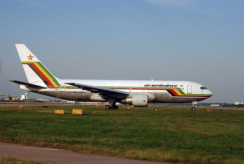 Avião Boeing 767 Air Zimbabwe