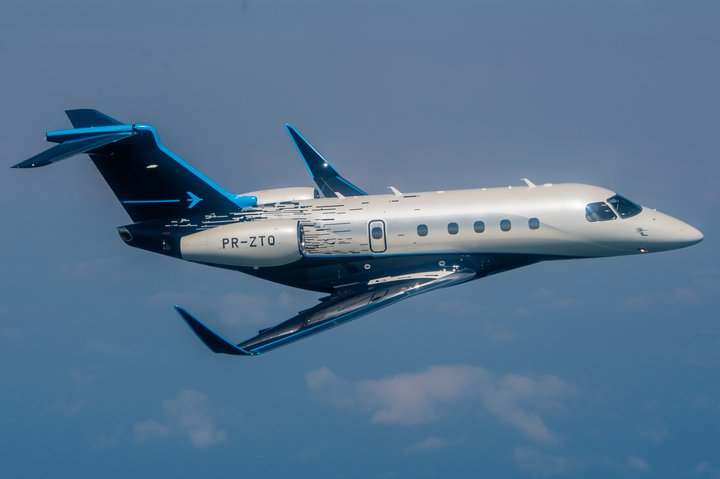 Embraer Praetor 500 Air to air