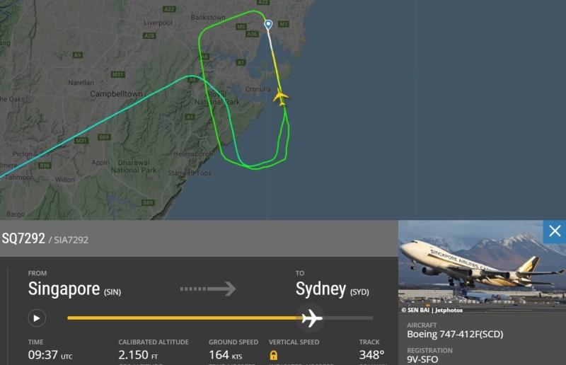 Flight Radar 24 Singapore Cargo 747 bateu motor no chão
