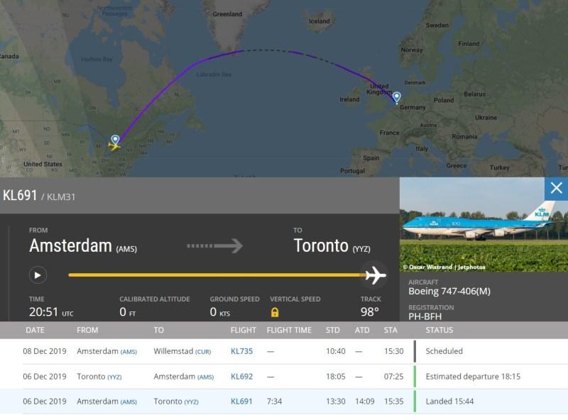 Flight Radar 24 Voo KL691 Toronto motor 747 atingiu caminhonete