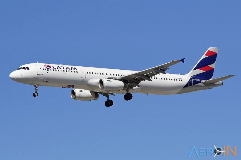 Avião Airbus A321 LATAM Airlines