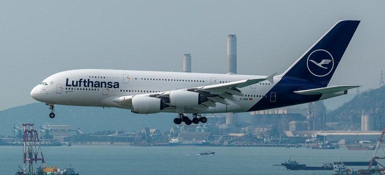 Avião Airbus A380 Lufthansa