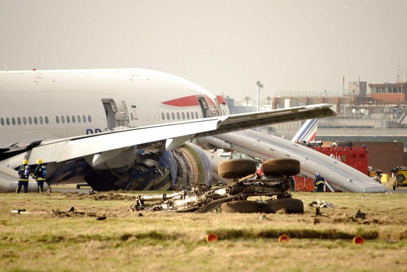 BA38 Acidente British 777