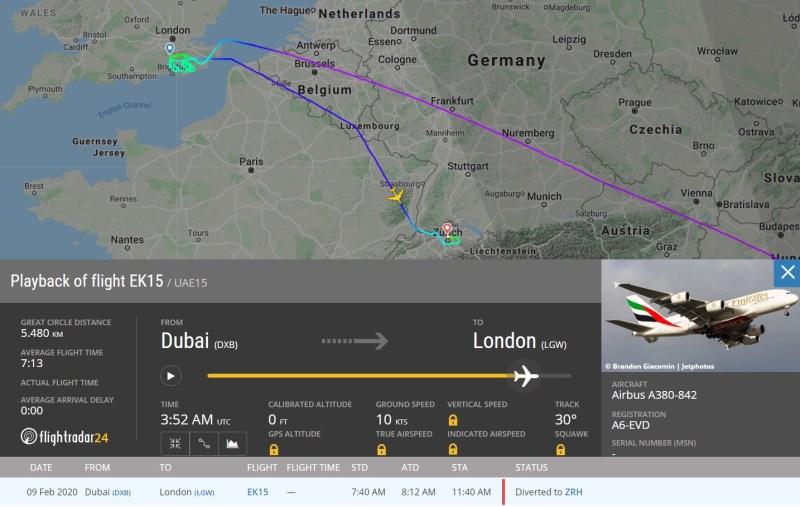 FlightRadar24 Voo A380 Emirates Desvio Ciara Londres