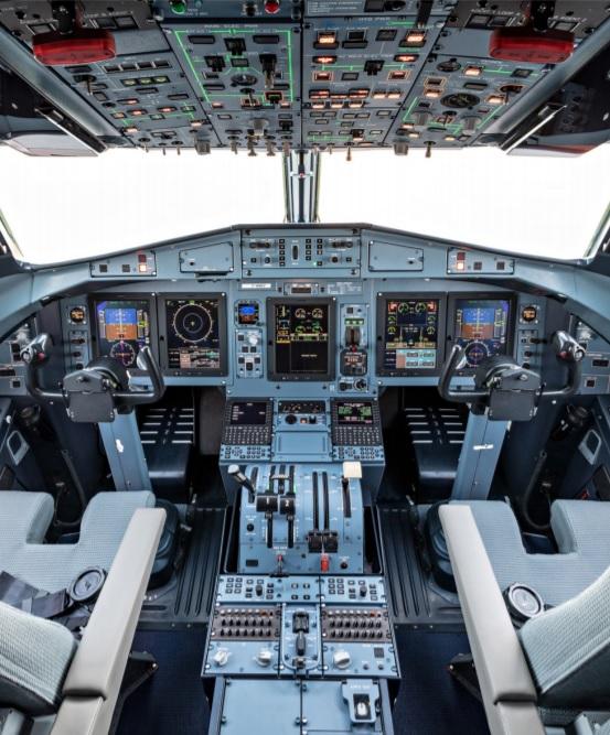 Avião ATR 72-600F cockpit