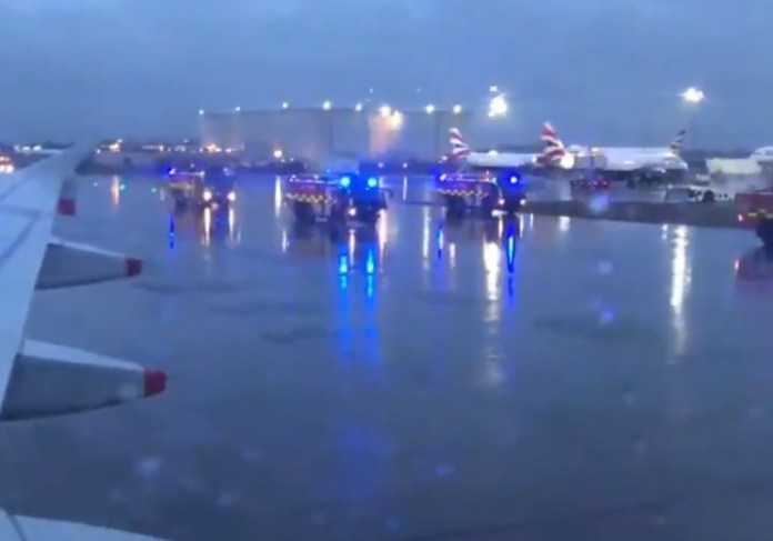 British A320 emergência Heathrow Odor Mal Cheiro