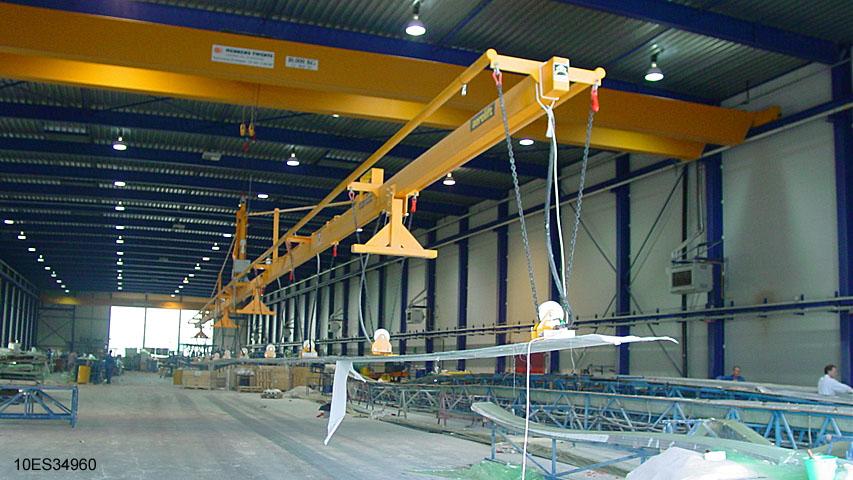 10ES34960 Vacuum lifter Aerolift to laminate windmill blades