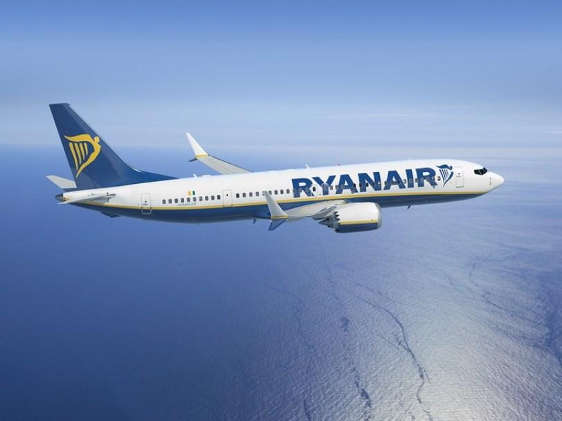Ryanair encarga el nuevo 737 MAX configurado con 230 asientos · AERO Magazine América Latina