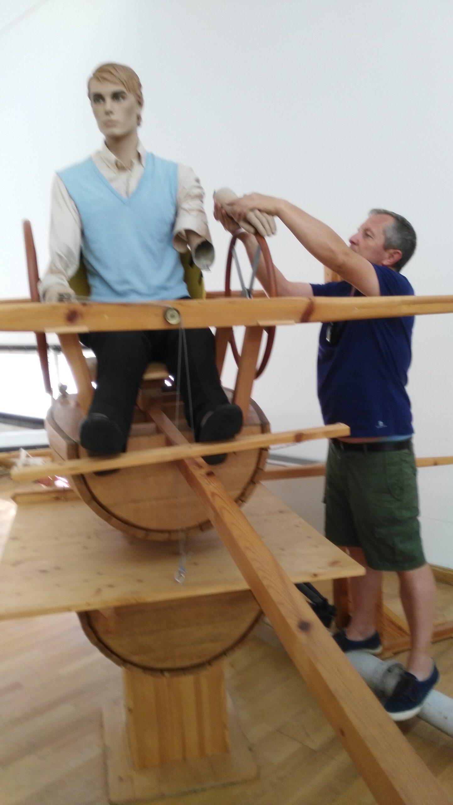 Replica simulador de vuelo década 1920