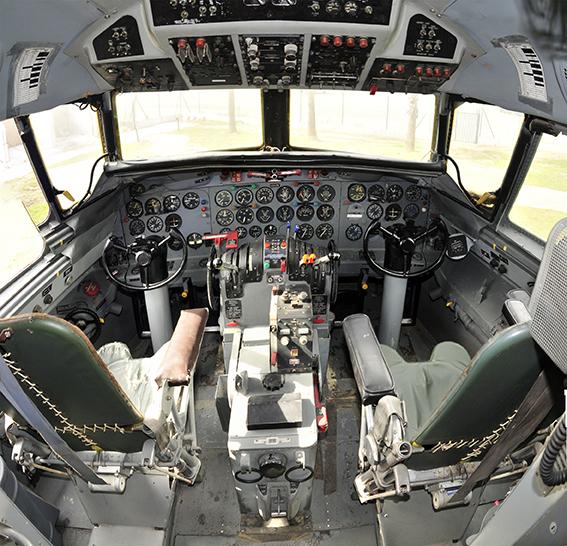 Cabina de avión Convair 440 de 1959