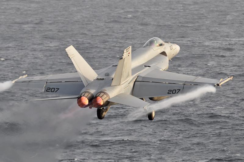© Duncan Monk - Boeing F/A-18E Super Hornet • United States Navy • USS Ronald Reagan CVW-14