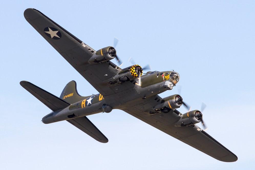 © Adam Duffield • Duxford Air Show 2012 • Duxford Airfield, UK • B-17G