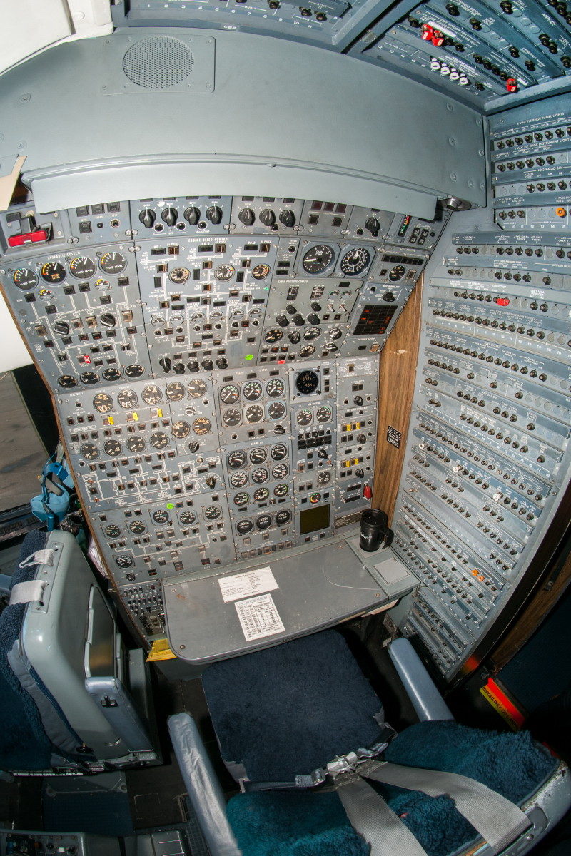 © Michael Buckle • Royal Air Force L-1011 Tristar Engineers Panel • RAF Brize Norton, Oxfordshire