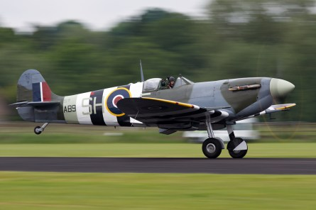 © Mic Lovering • BBMF Spitfire Mk Vb AB910 • RAF Cosford Air Show 2015