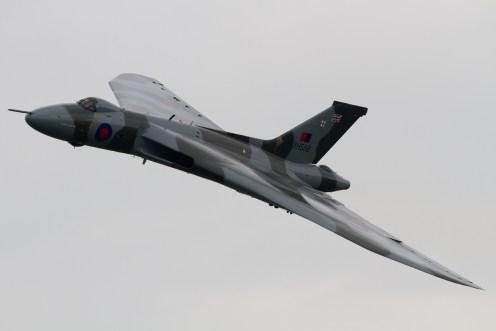 © Mic Lovering • Avro Vulcan XH558 • RAF Cosford Air Show 2015