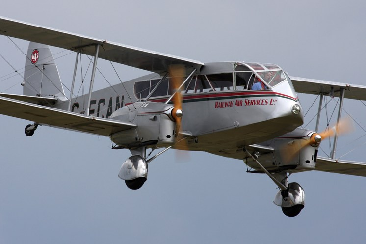 © Steve Smith • de Havilland Dragon • Duxford Flying Legends 2011