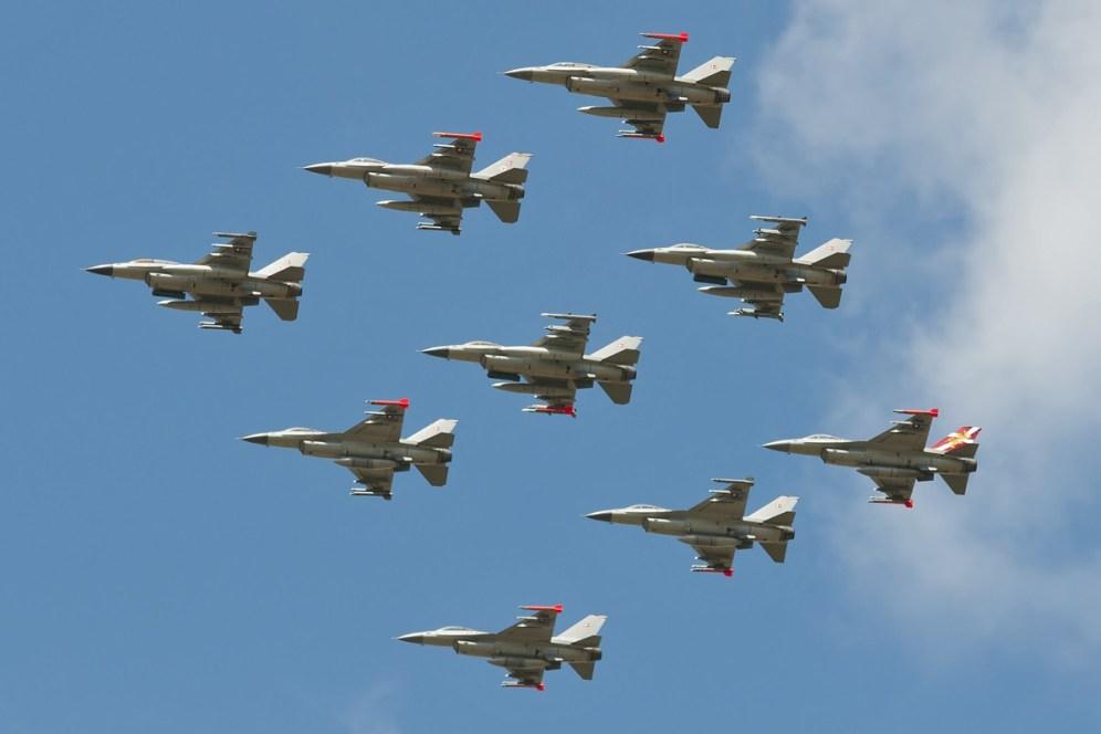 © Duncan Monk • RDAF F-16 Formation • RDAF Karup Airshow 2014