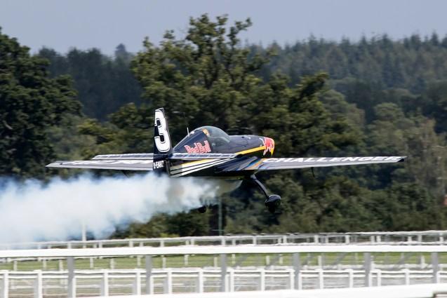 © Adam Duffield • RBAR Challenger Aircraft • Red Bull Air Race - Ascot