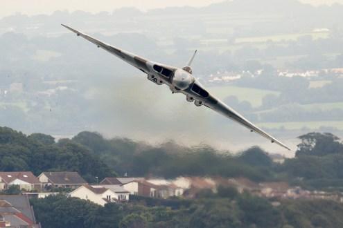 © Michael Lovering • Avro Vulcan XH558 • Dawlish Airshow 2015
