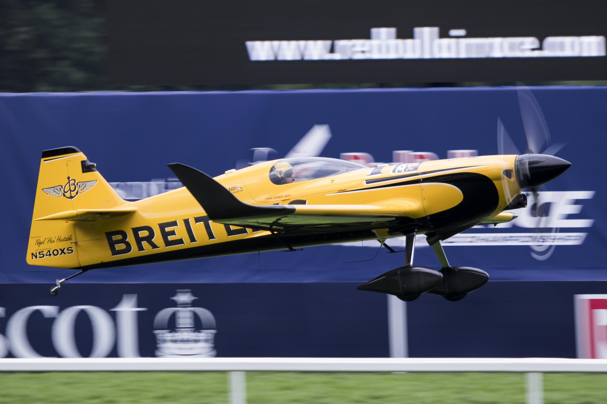 © Adam Duffield • Nigel Lamb • Red Bull Air Race - Ascot