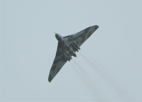 © Peter Richardson - XH558 at the BAE Systems Brough waypoint on the Northern leg of her National Tour, Saturday 10th October 2015 - Vulcan XH558 Image Wall
