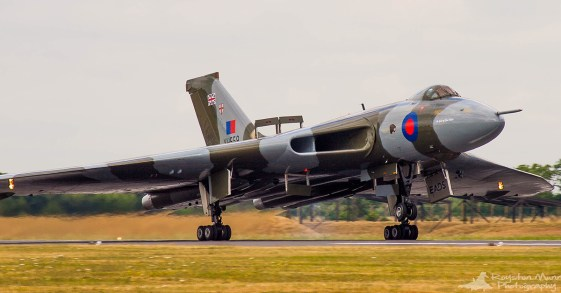 © Royston Munn - Unknown date and location - Vulcan XH558 Image Wall