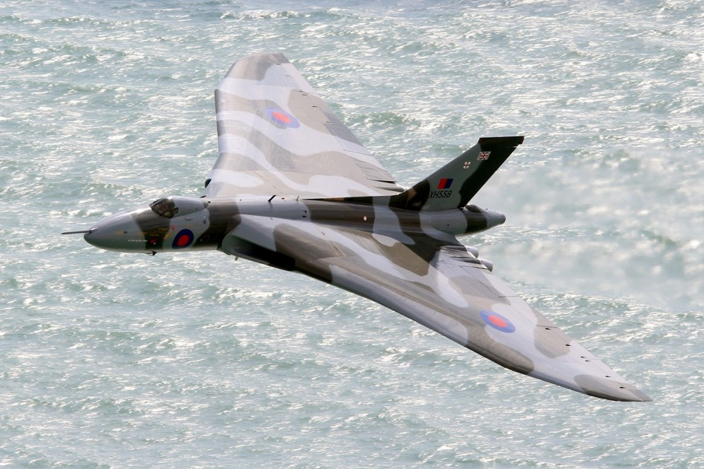 © Jamie Ewan - Beachy Head (Eastbourne Airshow run in) 14-08-15 - Vulcan XH558 Image Wall