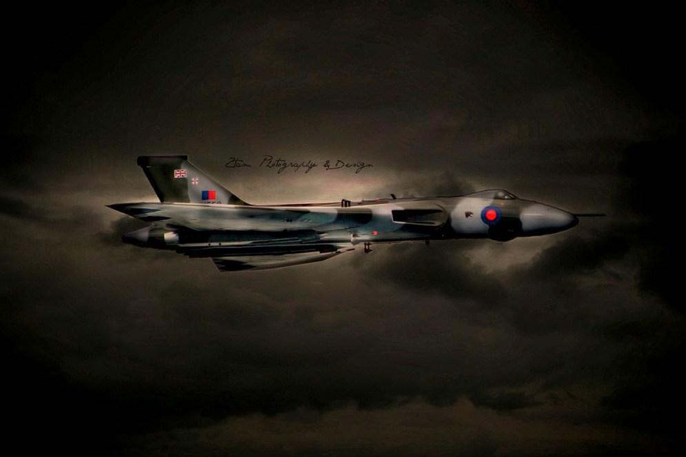 © Kelly Murdoch/www.ztam.co.uk - Vulcan at Bournemouth airshow - Vulcan XH558 Image Wall