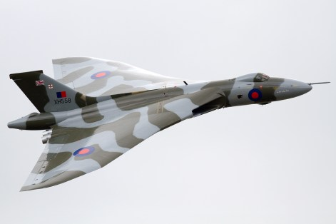 © Mic Lovering - Yeovilton Air Day 2015 - Vulcan XH558 Image Wall